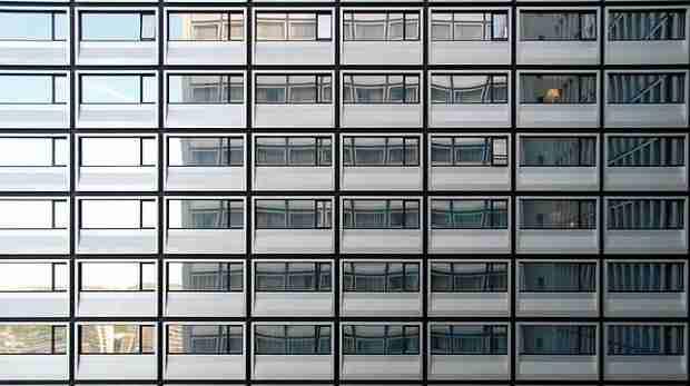 Anleitung: Glasscheibe richtig verklotzen (Fenster)