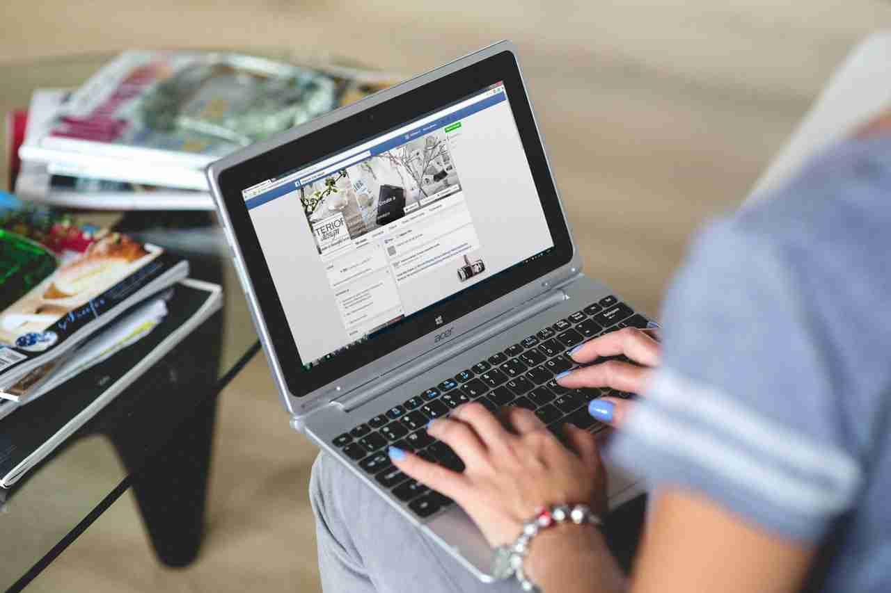 Nicht öffentlich posten bei Facebook - so geht es - HelpMag.de