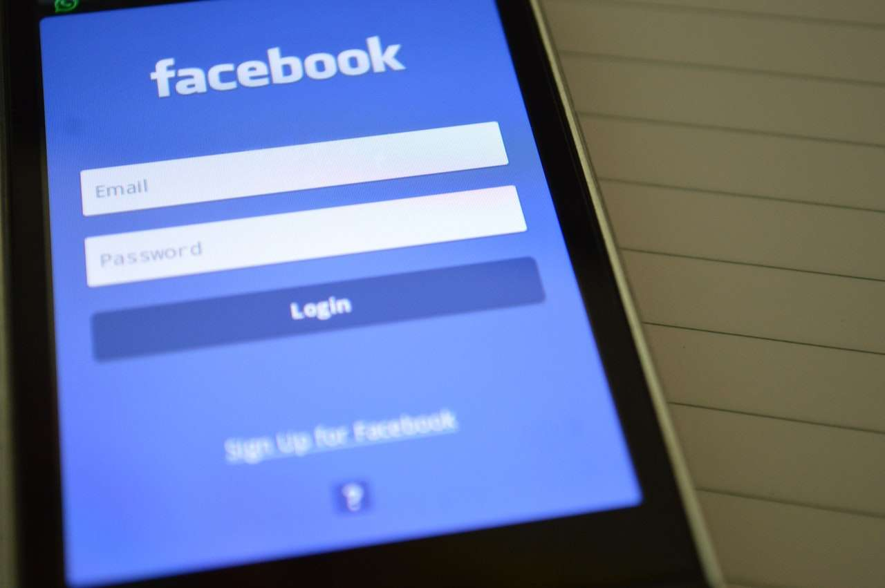Facebook Seite verlinken
