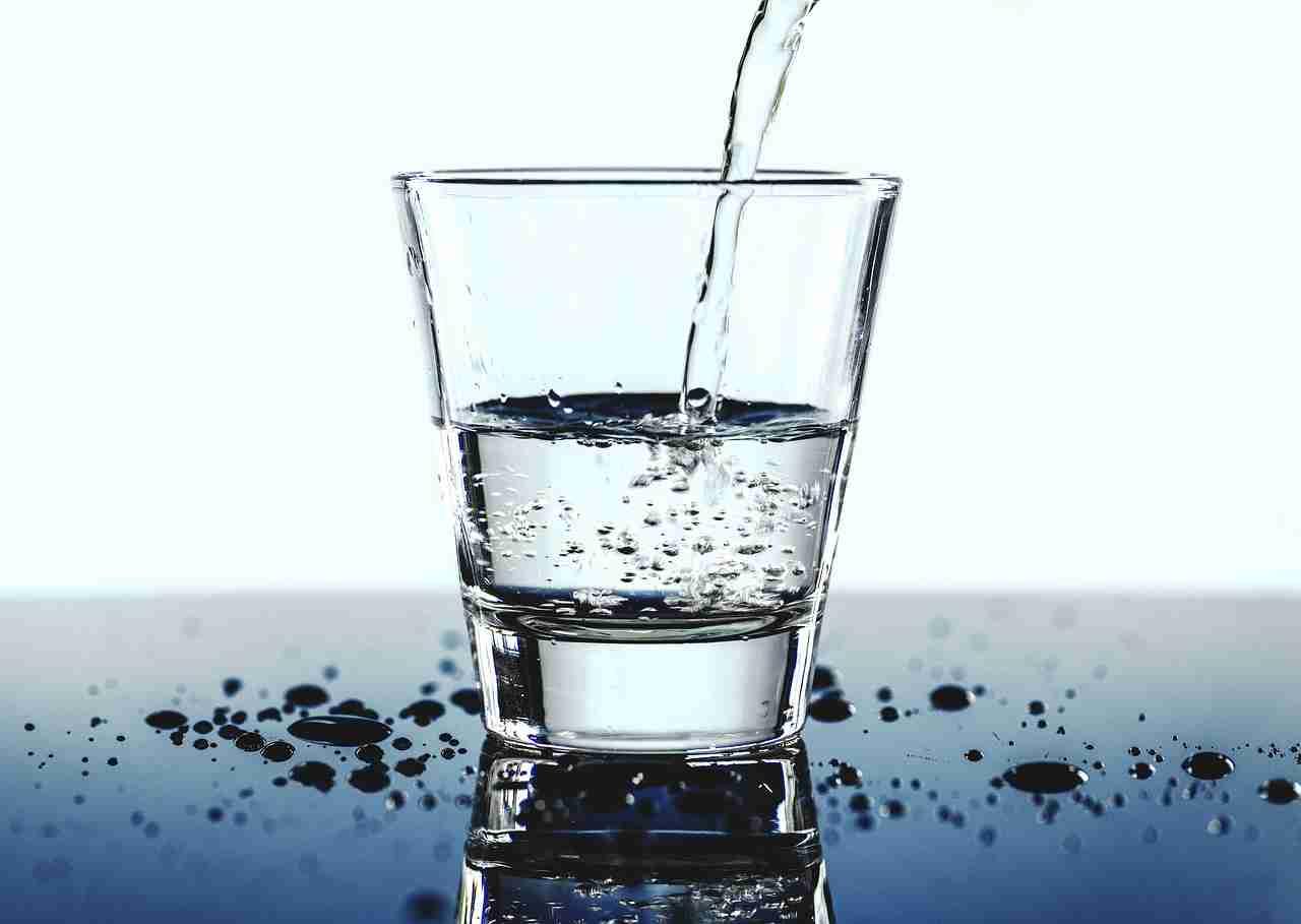 Wasser trinken täglich