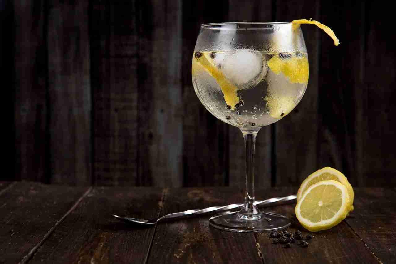 Gin Tonic mixen