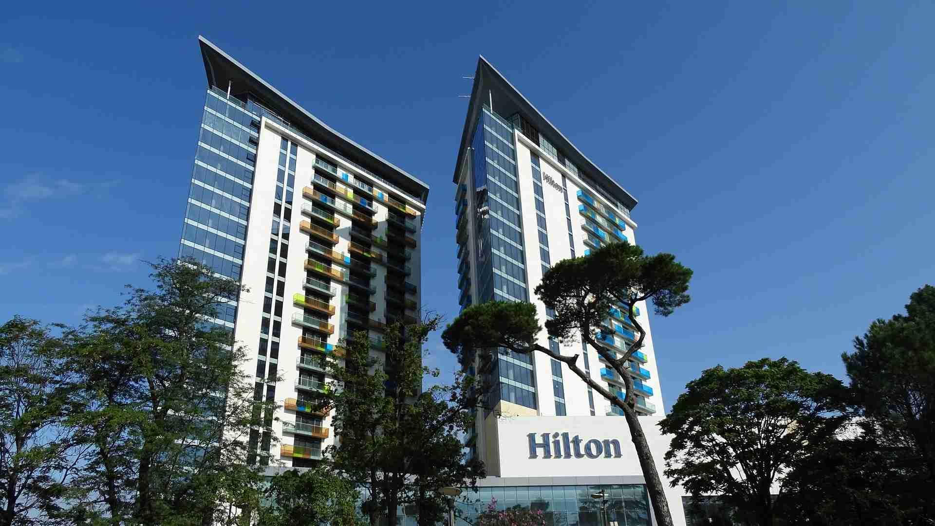 Hilton Corona