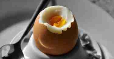 Frühstücksei zubereiten